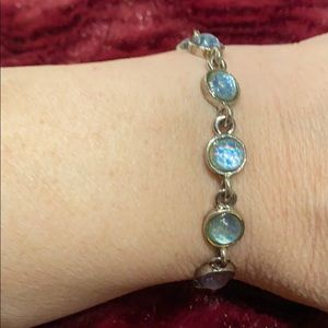 3/$25🌺 Silver Blue Bracelet...GUC!!! 7 inches